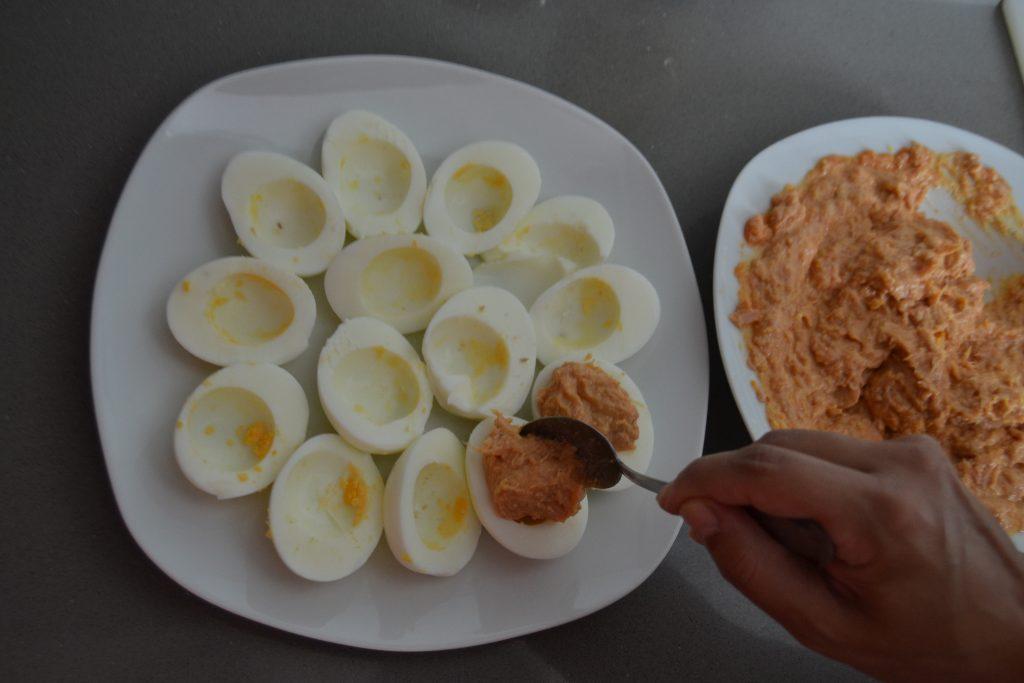 Receta Huevos Rellenos - Hábitos Saludables de Vida (13)