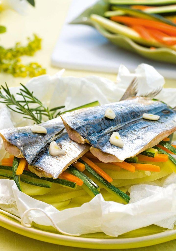 Comidas Saludables - Verduras y sardinas en papillote - Hábitos Saludables de Vida