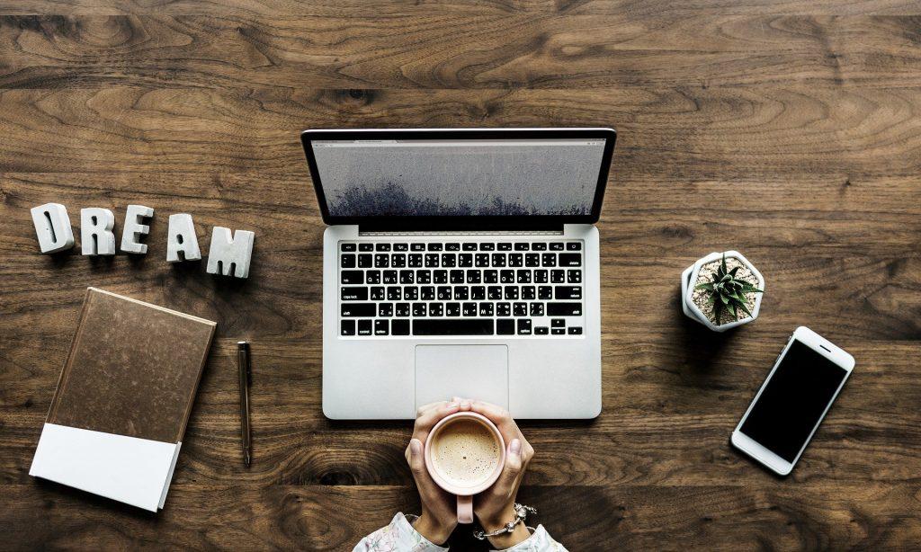 Trabaja con nosotros - Hábitos Saludables de Vida
